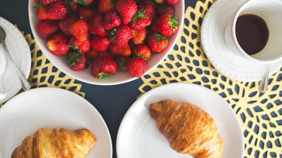 B02 — Mid-morning Coffee Break — Day 1